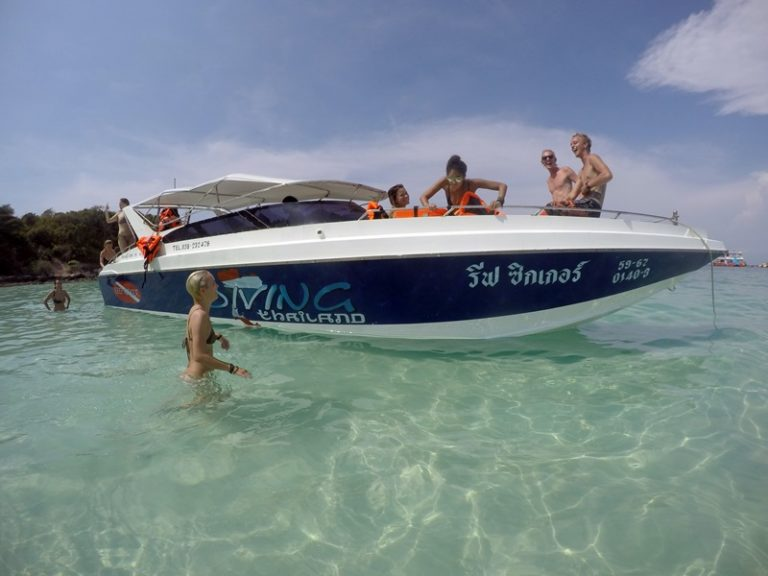 Private Pattaya Speedboat trips Pattaya Thailand www.real-divers.com
