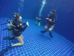 PADI 5 STAR Instructor course Pattaya Thailand IDC www.real-divers.com