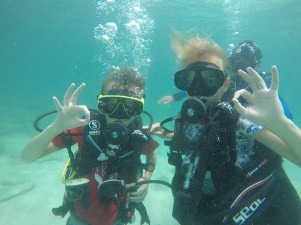 Bangkok Pattaya divers www.real-divers.com